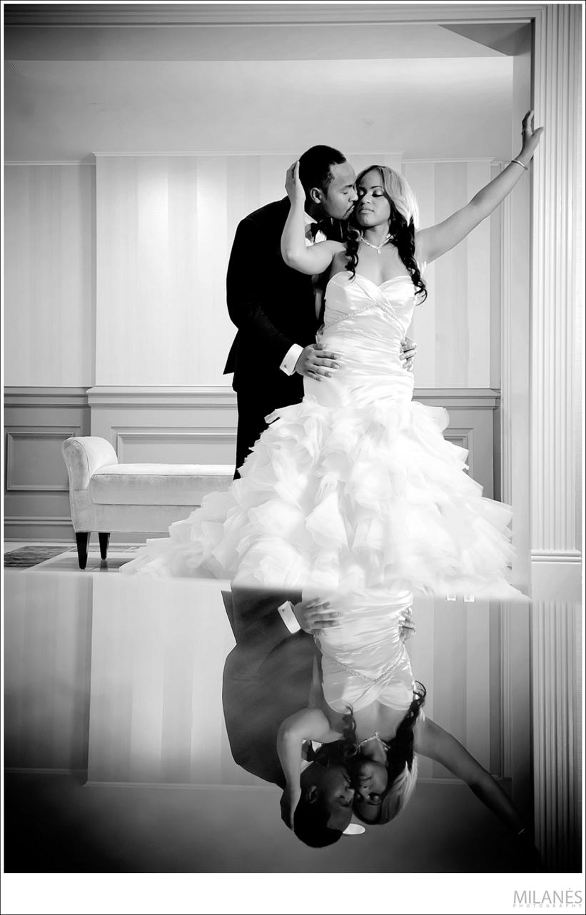 bride_groom_portrait_kiss_chris_nelson